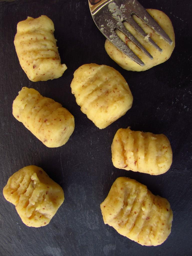 Mandelgnocchi