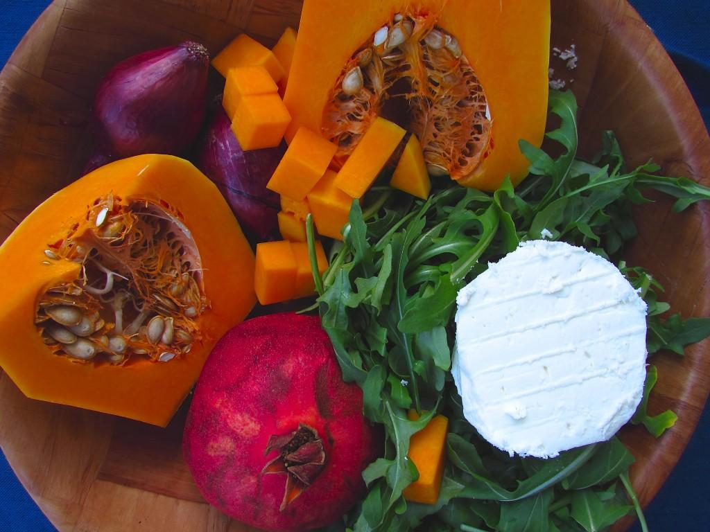 Fabelhafter Linsensalat mit Kürbis, Granatapfel und Rucola