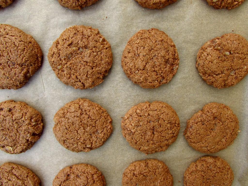 Die perfekten Gewürz-Ingwer-Sandwich-Cookies (vegan, außen knusprig, innen weich)
