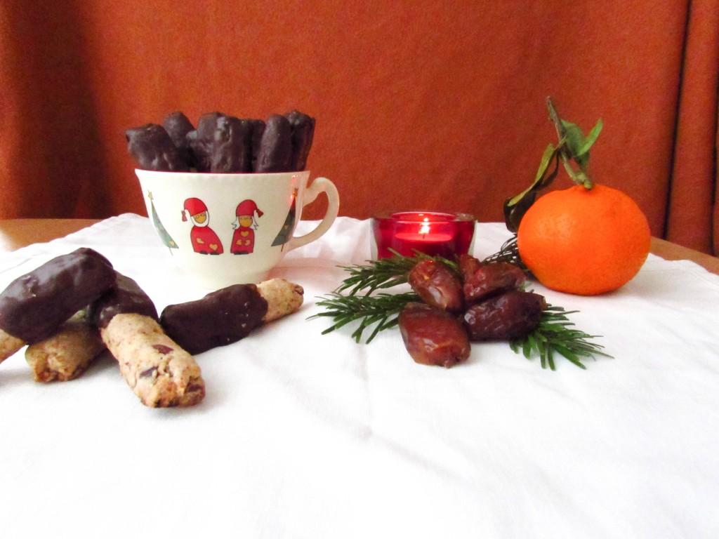 Vollwertige Dattelröllchen – unser all-year-favourite Rezept zur Weihnachtszeit