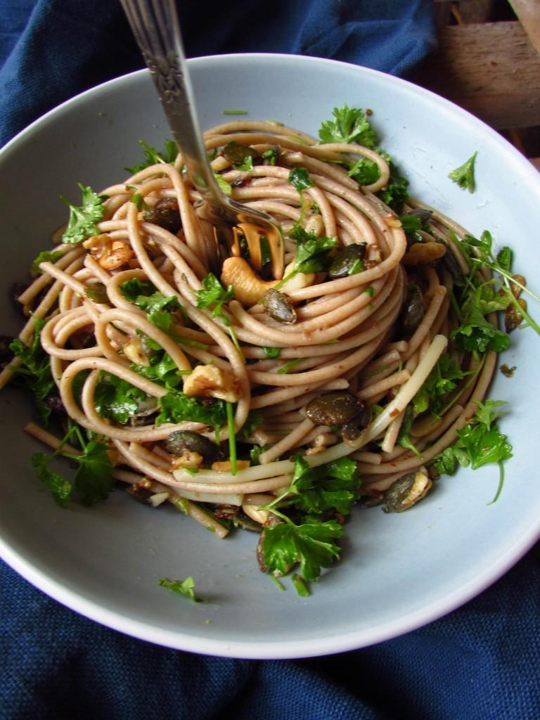Soulfood Pasta mit No-Carb-Granola