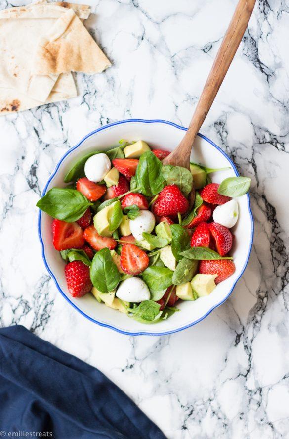 Erdbeer-Basilikum-Salat