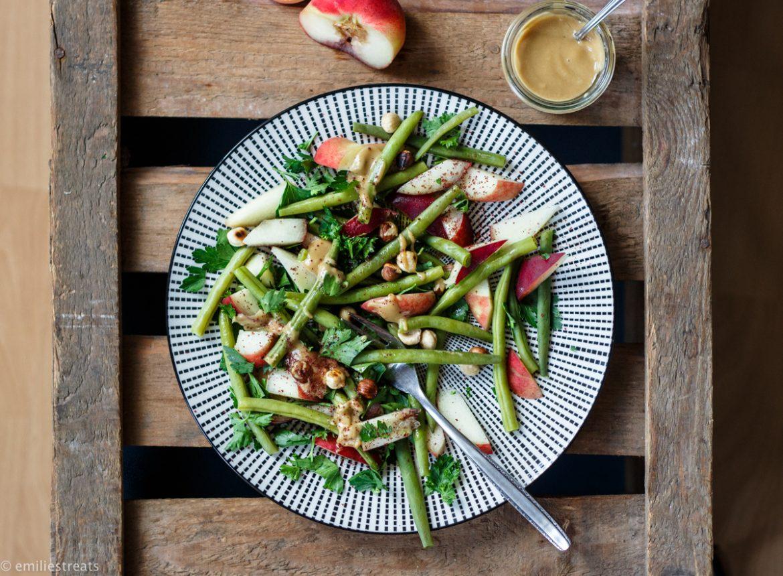 Bohnen-Nektarinen-Salat