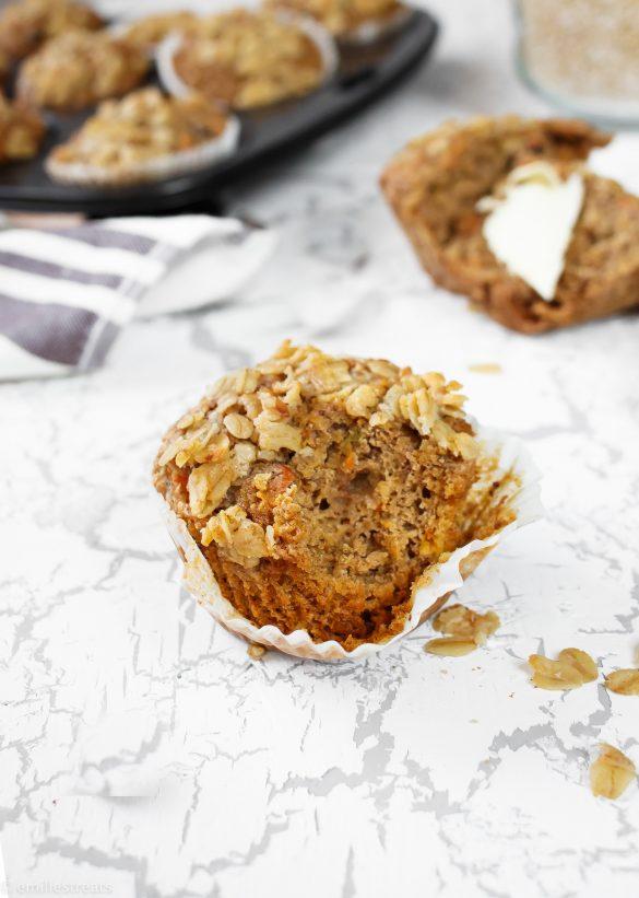Hafermuffins mit Kleie & Karotte (vegan)